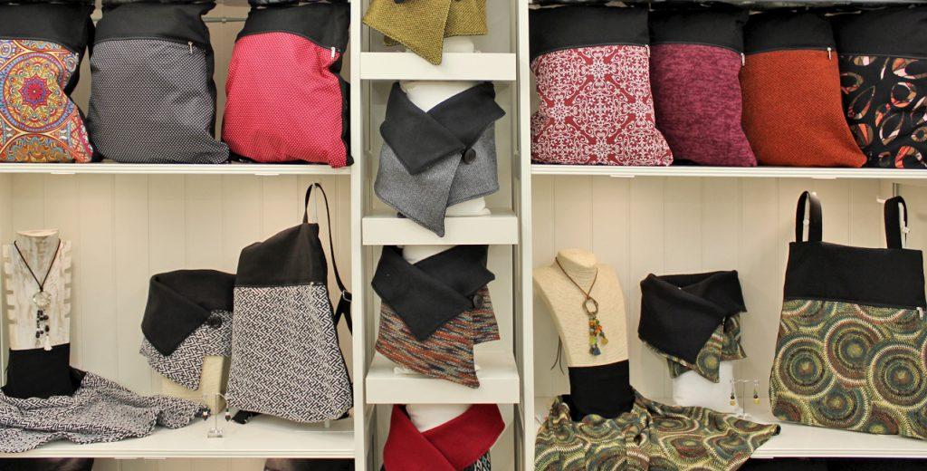 showroom-mochilas-conjuntos